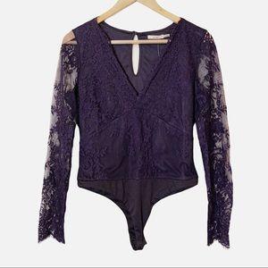 FRANCESCA'S Alice Lace Duncan Purple Bodysuit L